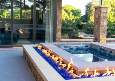 firepit and hot tub